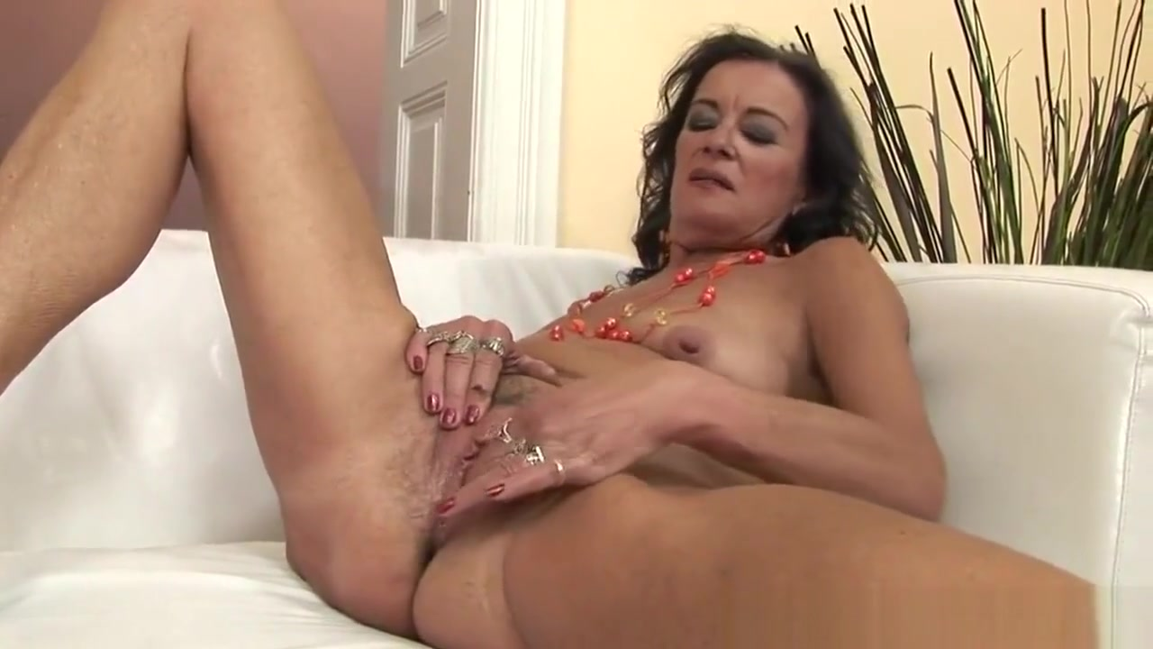 Granny pornstar Sandora masturbating 1. Is there any real women in Canelones