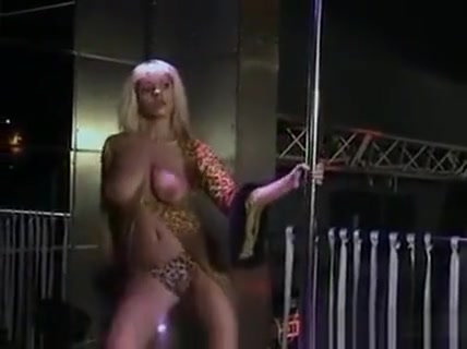 Russian Stripper With A Great Body donlowd video hot sek