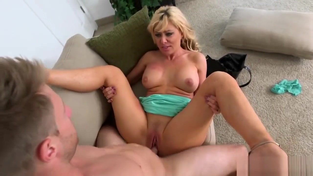 Blonde Milf Sasha Sean Gets Long Dong In Pussy average number of sexual partners women