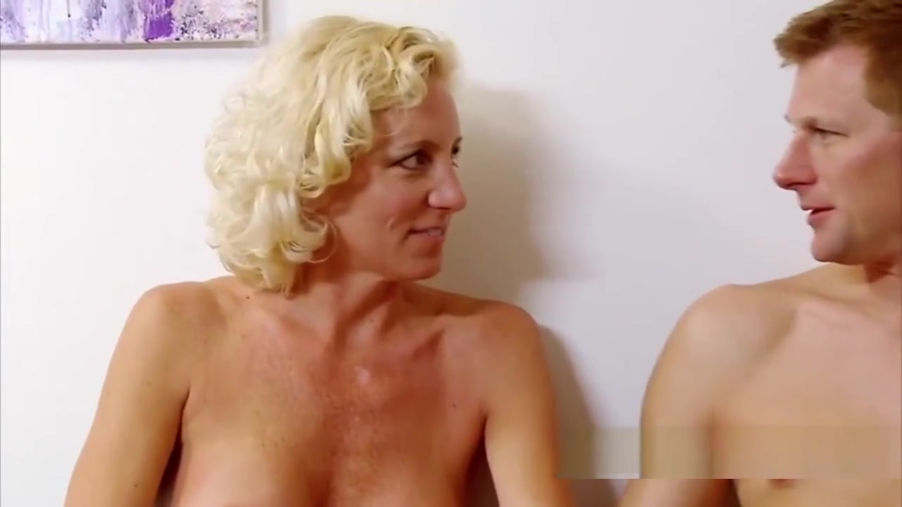 Hot Girlfriends Feeling Themselves In Paradise porn hardcore girlfriends amd gorgeous legd