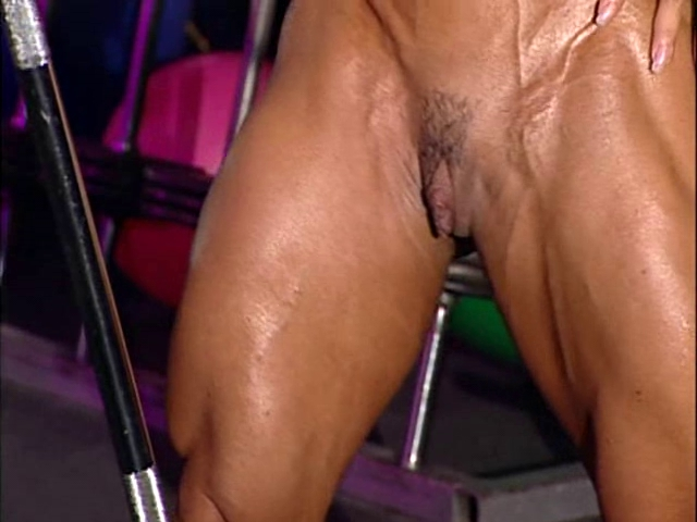 bodybuilder aged in training center with high heels my mom fucked me hard
