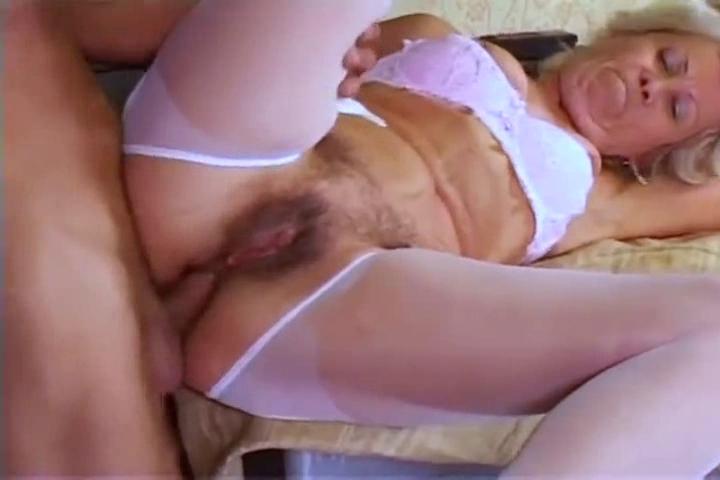 Granny anal photos de sexe adolescent mâle nu