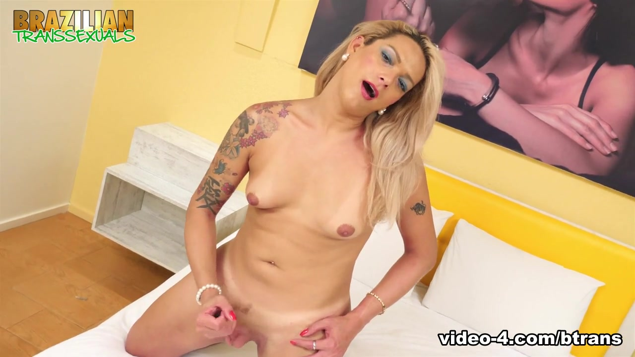 Danielle Albuquerque in Danielle Albuquerque - Brazilian-Transsexuals Fatty women fucked with elephant