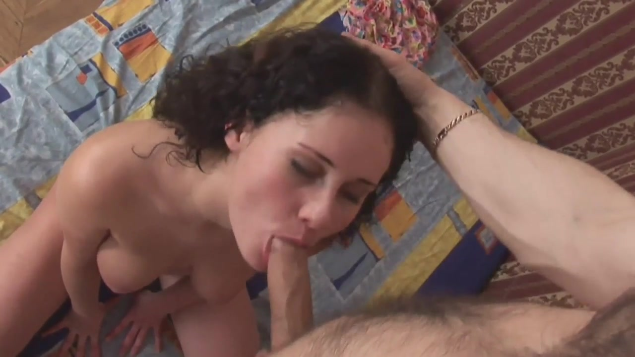 brunette anal girl Busty natural women nude