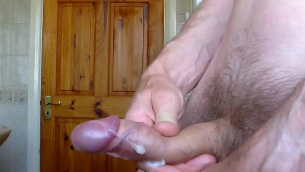 pissing&jerk-comp-2 Pregnant triple penetration
