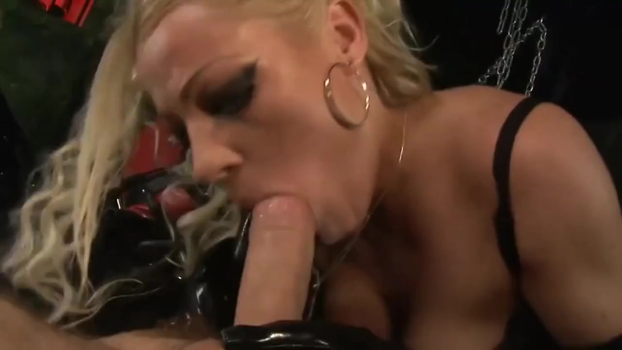 BLONDE LATEX MISTRESS BONDAGE SLAVE ABUSE FOR ORGASM HARDCORE FEMDOM celebs peeing in public