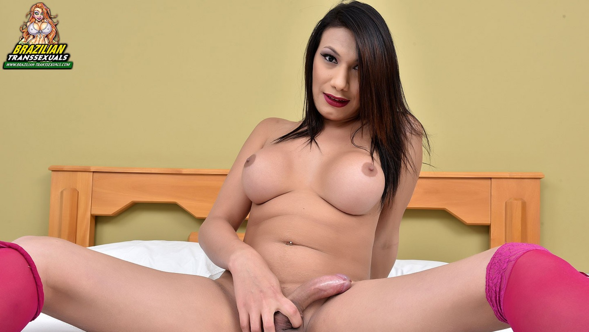 Beautiful Gabriielly Soares Jacks Off! - Brazilian-Transsexuals leah gotti date of birth