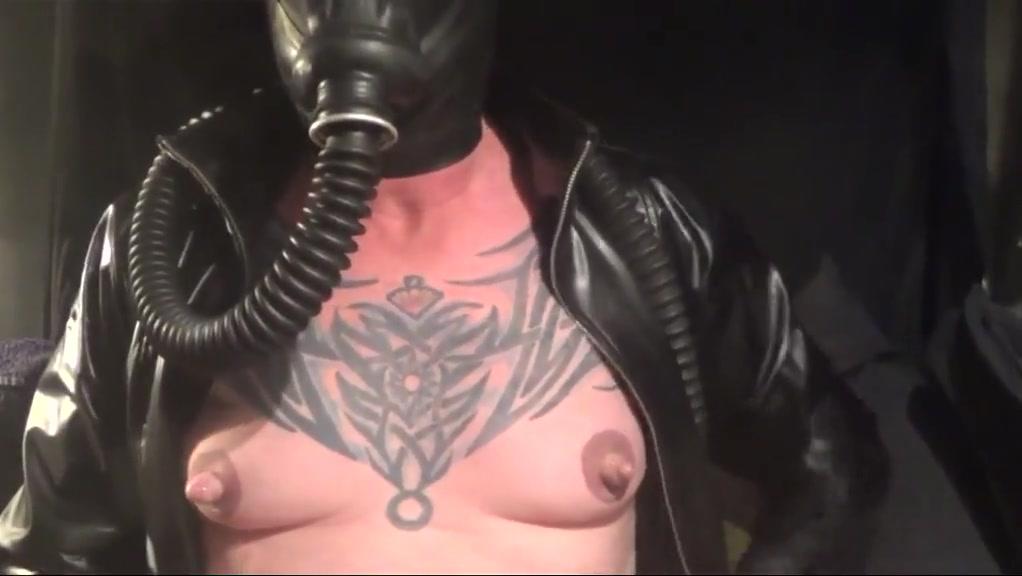 Nippleplay with gasmask black tranny bareback videos