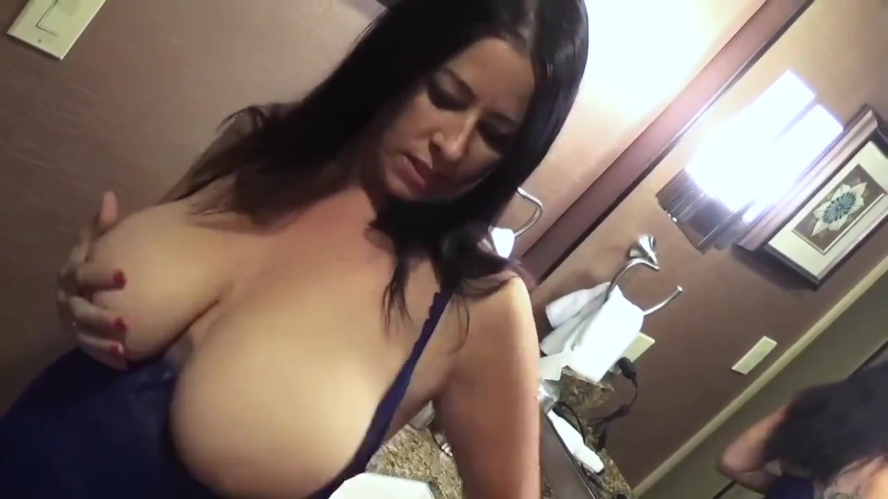 Tit Slapping Nipple Sucking Lesbians porn star francesca sins