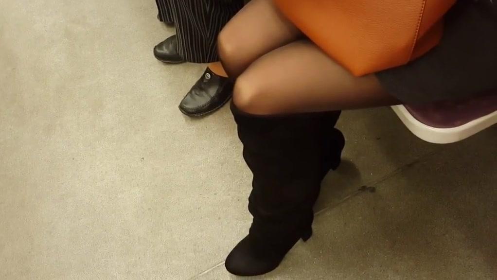 Milfs in black pantyhose
