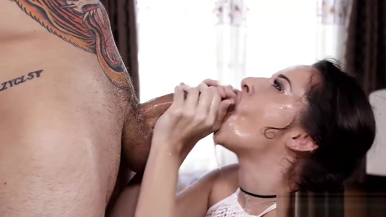Hardcore Deep Throat And Gagging moter son porn videos