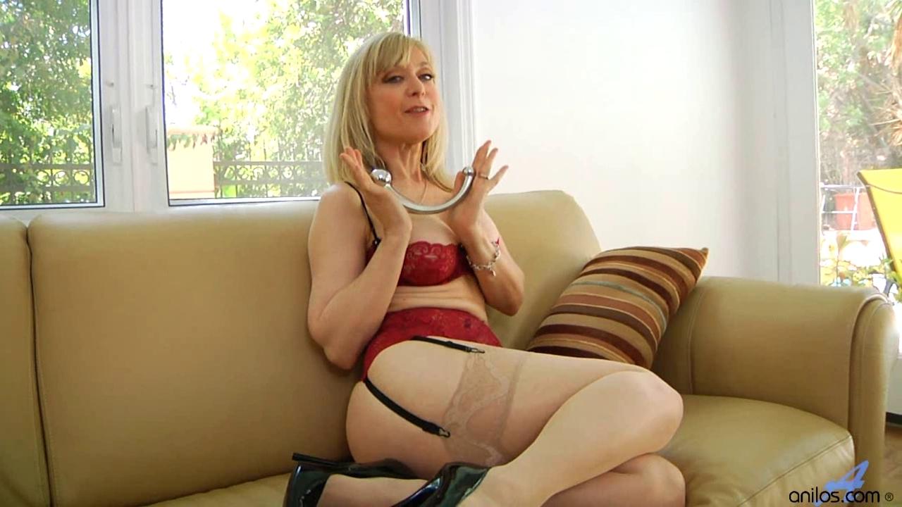 nina hartley i love her 4 Hardcore lesbian films