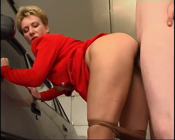 Sexy short haired older with juvenile boyfrend