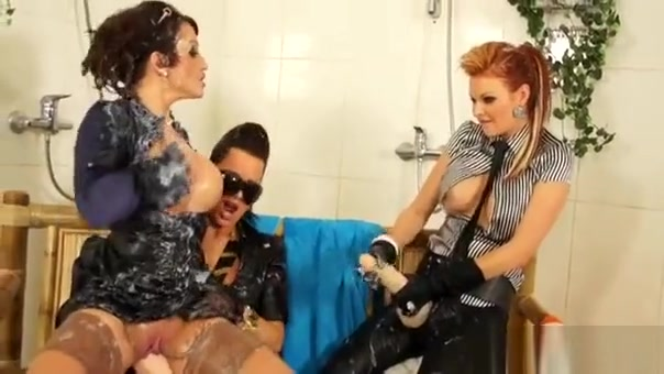 Wench Rides A Bottle With Her Hairless Cunt At Gloryhole Girls looking for sex in Osmaniye
