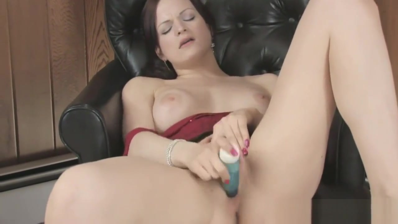Milf Goes Solo With A Dildo cum se creaza un server de cs
