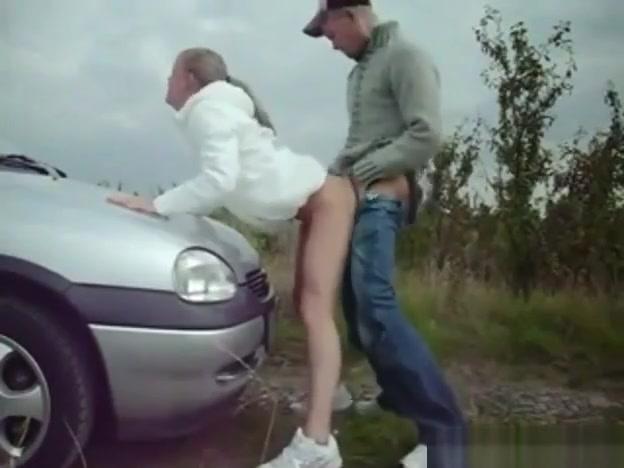 ?? ?????? ????, On the hood of a car les couples de gossip girl