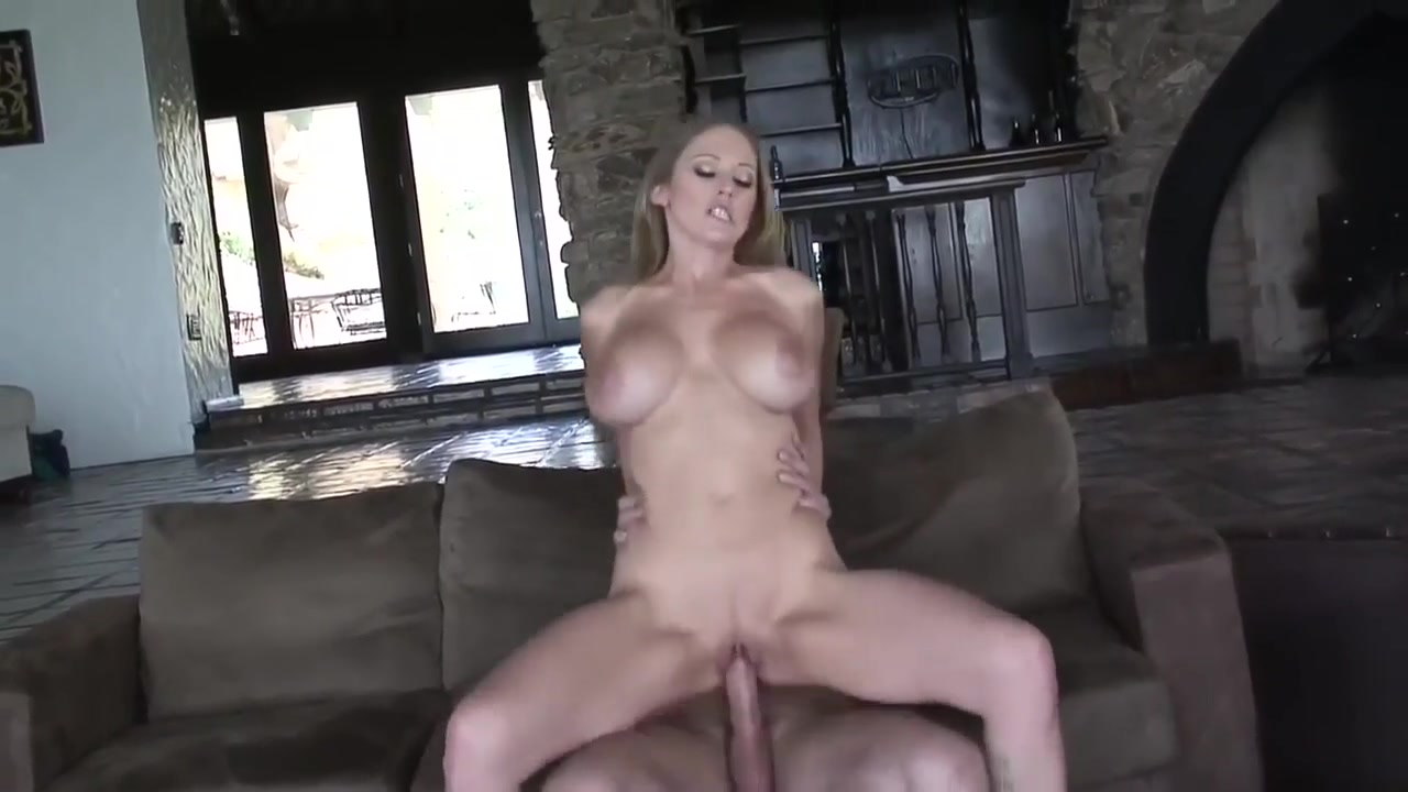 Busty Mom Waits Her Young Lover... Muslim fuck girls pic