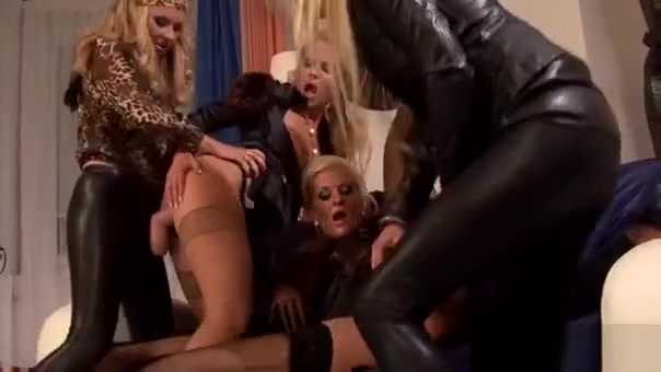 Sexy Gloryhole Blowjob Action With Stunner Getting All Slimy Fit and fuckable women in Orleans