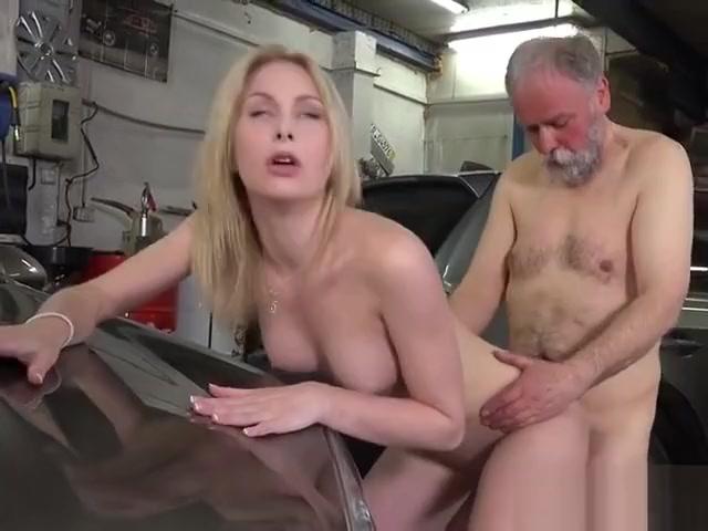 Teen Vixen Daniela C Has Her Pussy Pummeled