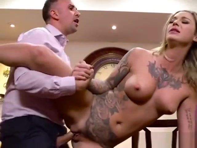 Wild Babe Kleio Valentien Gets Impaled In A Restaurant Who is archie from riverdale dating in real life