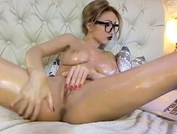Arayah oilshow free son mom oral sex