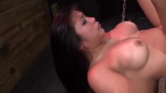 Stunning Hotty Enjoys Beinng Manhandled And Drilled Rough