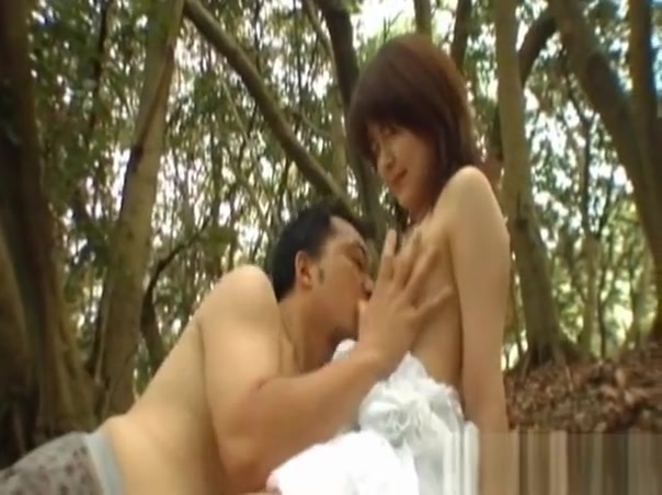 Young Breasty Girl Gets Wet Outdoors And Recieves Hard Jock Horny mature singles in Cambodia
