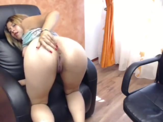 RaisaWet masturbation