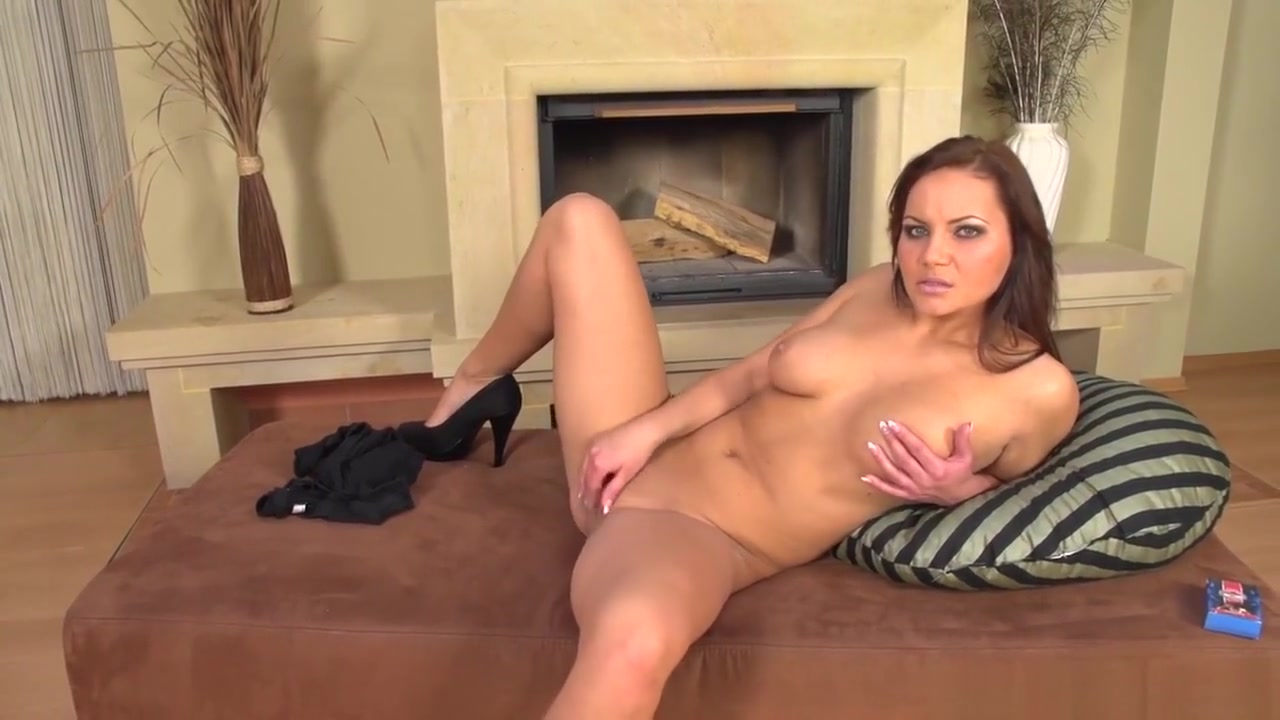 Euro Chick Fingerfucks Herself On The Couch perfect ass asses porn blonde anal