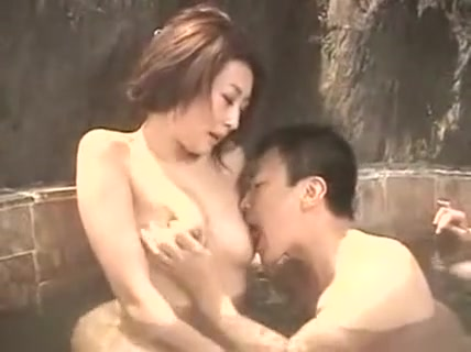 Bodacious Oriental Housewife Has Her Horny Lover Devouring Nude guys at spring break