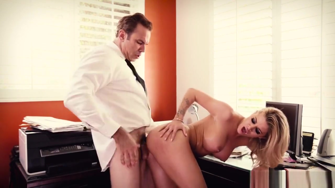 Hot Milf Jessa Rhodes Gets Slammed
