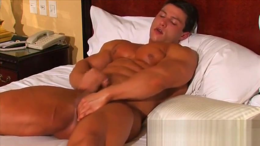 Handsome twink bodybuilder jock Porno creol