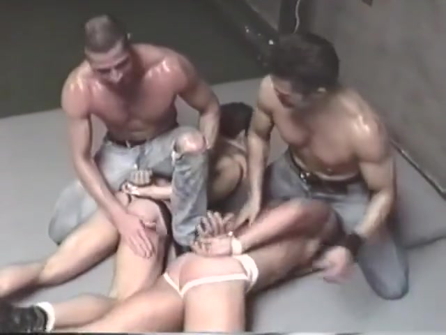 Bodybyuilder Bondage Wrestling 4 Couple having sex