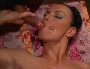 Silvio Evangelista Classic Lesbian beauty receives oral from horny gf