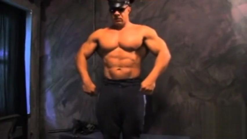 Muscle cop Ivan de voize Sex orgasm dildo squirt hot 8745