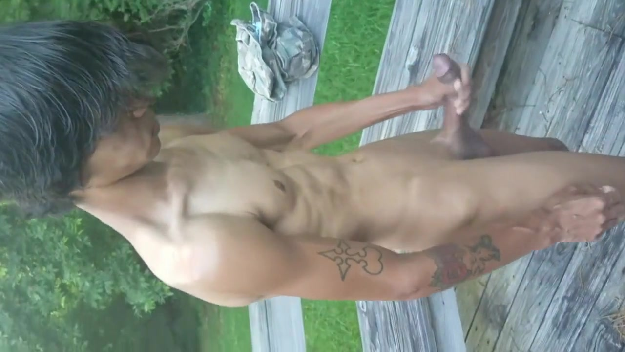 Hawaiian twink Boi_Candy having some late afternoon fun outside. free dating websites in kenya