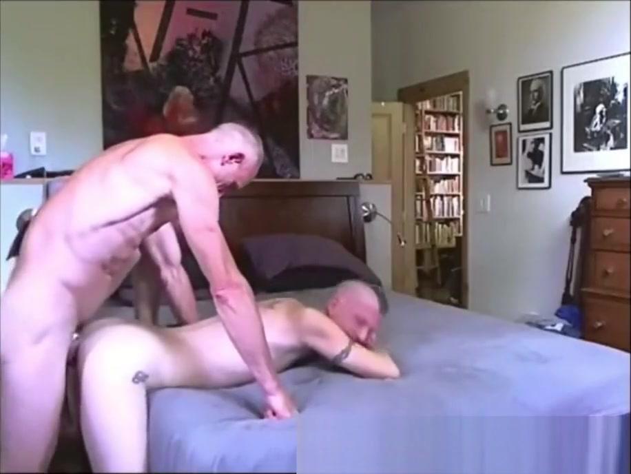 Daddy fucks Twink - sexywebcamguys.com Lesbian strapon fuckers