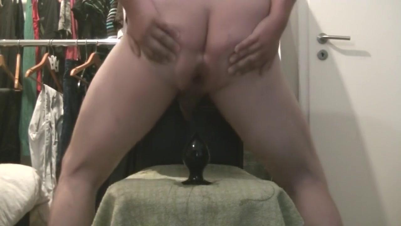 Anal Dilatation Porn Tube Free dilatation anal plug 8cm