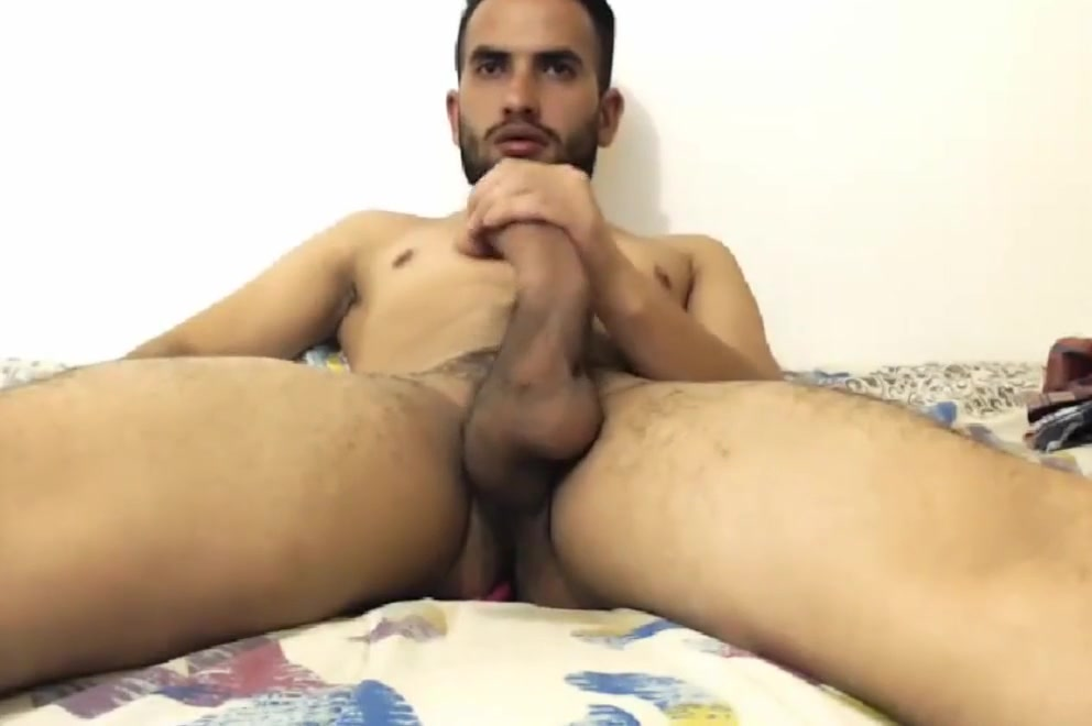 Cuban daddy in Miami jacks his dick while wife is away Asian Train Sex Movies
