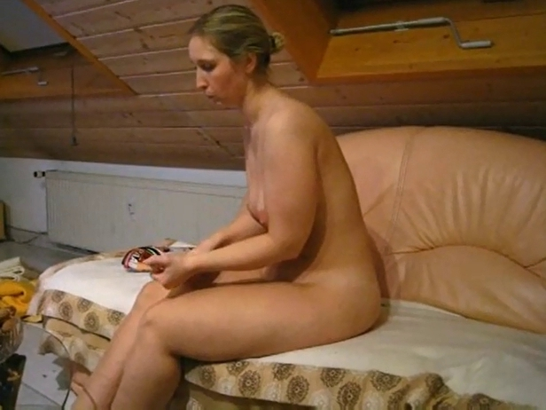 PRETTY UNDRESSED big beautiful woman AT HOME chubby irish girl porn