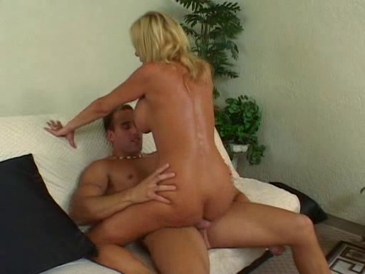 Super Sexy mother Id like to fuck Misty Vonage two How do you stop your balls from itching