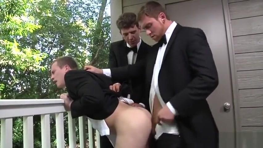 Big dick gay threesome and cumshot Family home sex movies