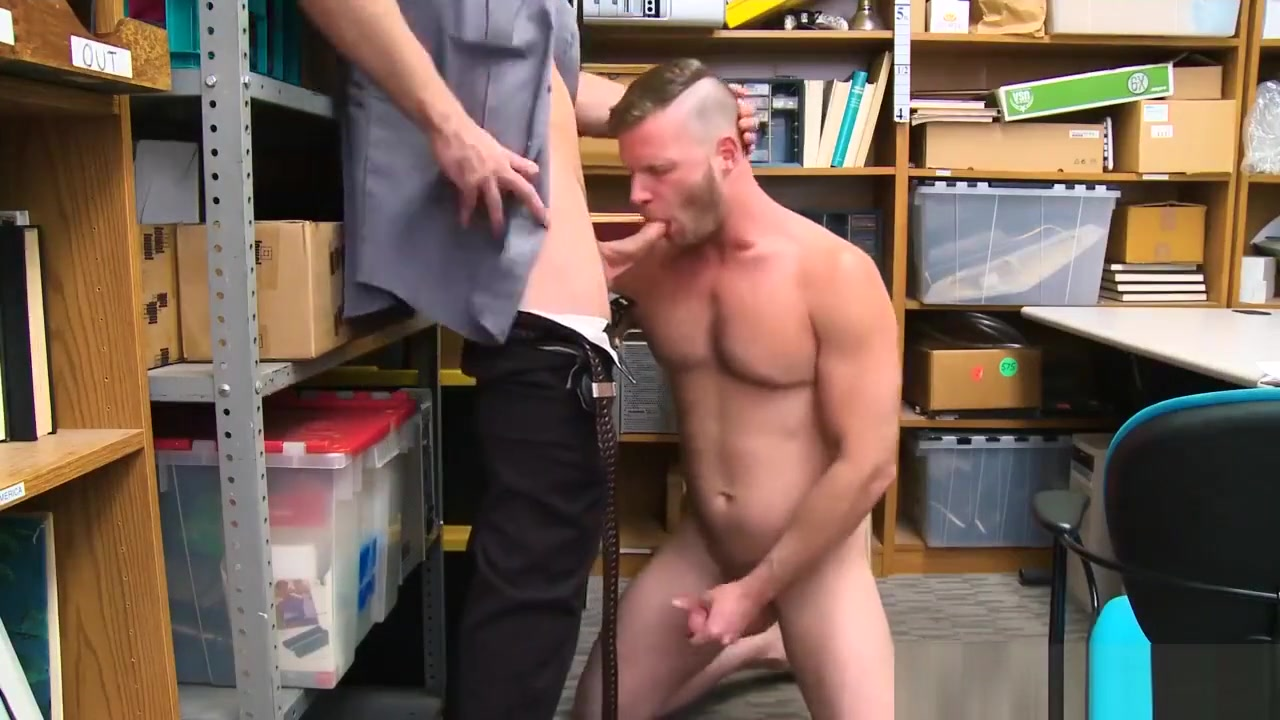 Video very small boys gay sex 29 yr old Caucasian male, 510?, was seen 1st time porn videos
