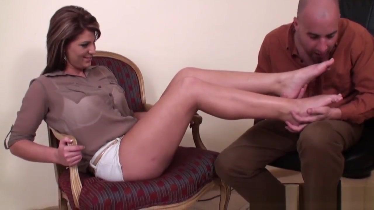 Goddess Ashden professor licking feet