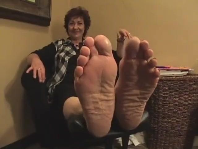 giant mature soles