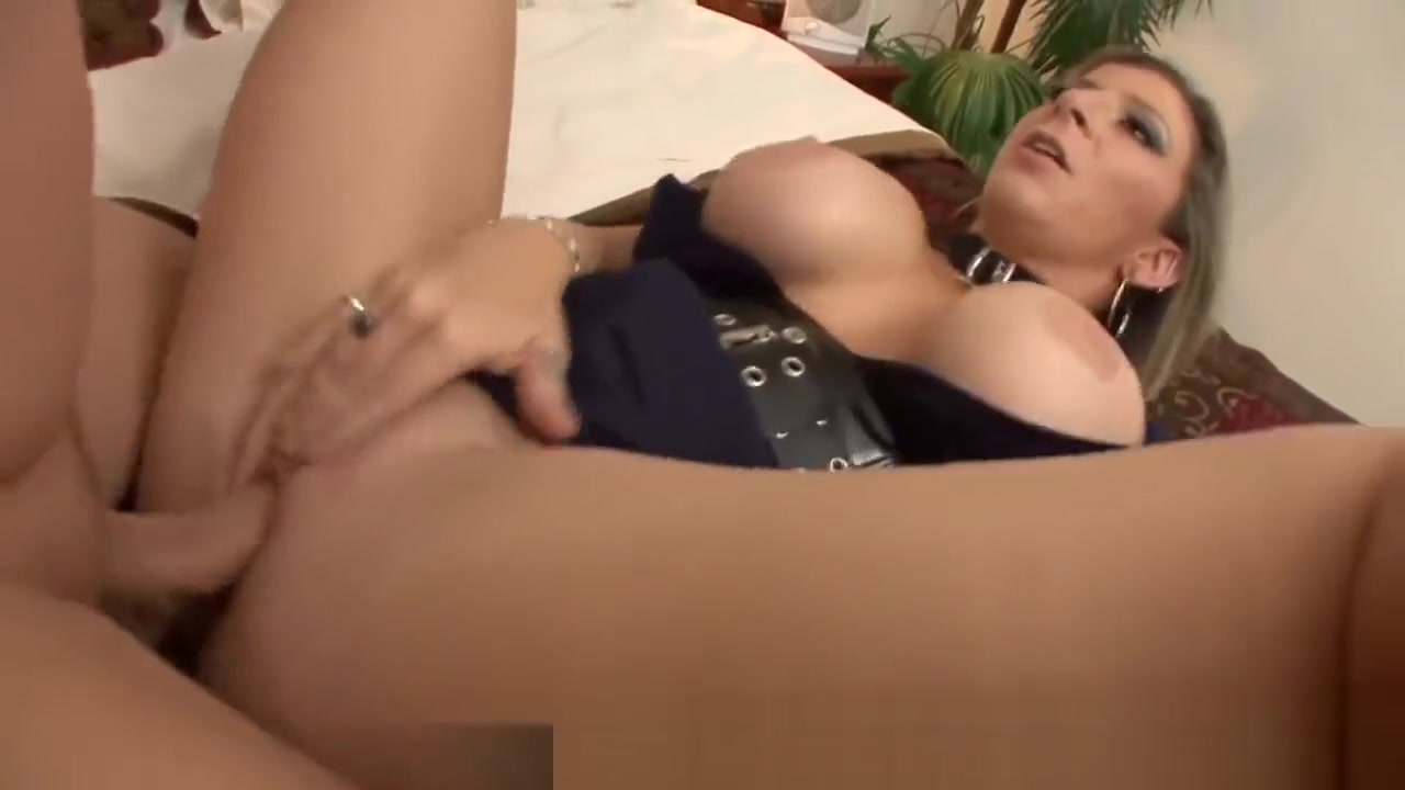 Bust MILF Sara Jay Fucking Younger Man Curvaceous dolls pleasure each other orally