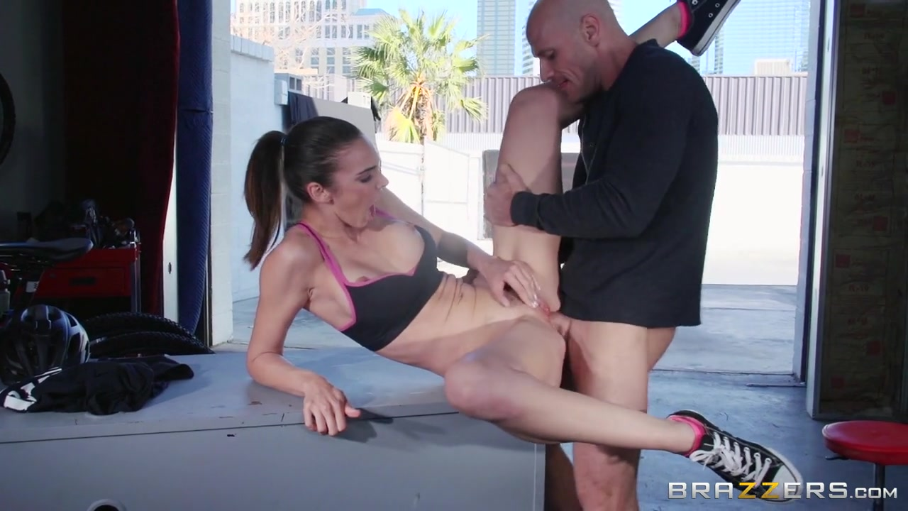 Big Tits In Sports: Cooling Off With A Hot Fuck. Tiffany Tyler, Johnny Sins Extreme granny blowjob free