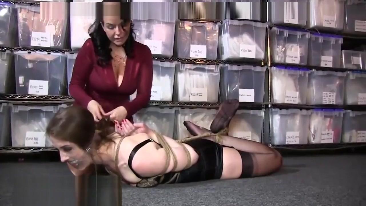 Bondage girl Gaping hole large pussy