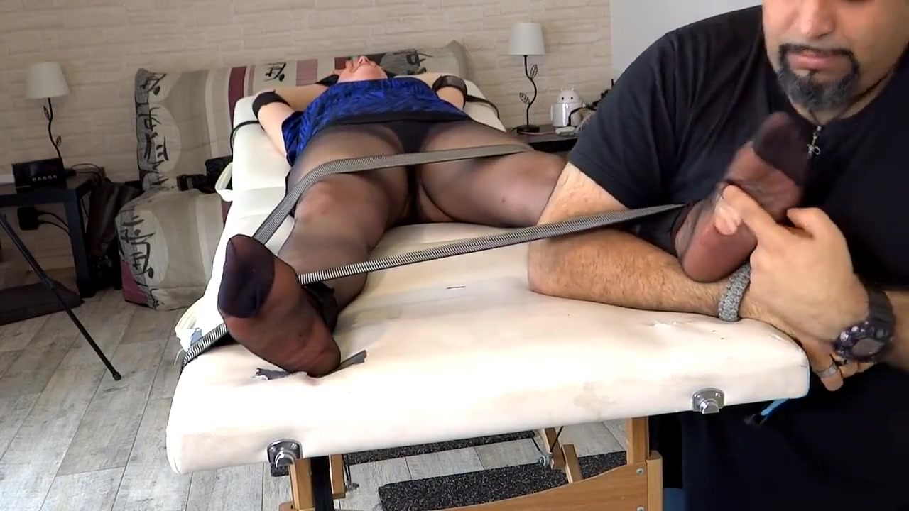 Meleane Experiments The Nylons Tickle Torture