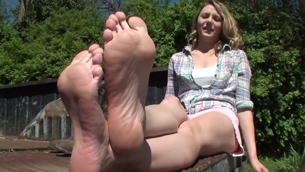 Stinky Boot Feet Amateur dildo women